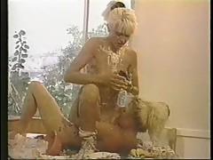 Tianna and Sharon Kane - Dyke Overflow (1994)