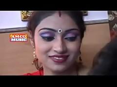 Bhojpuri song Maja maar le
