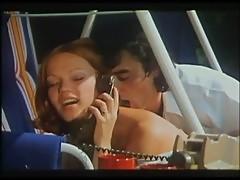 Brigitte Lahaie - Entrecuisses 1