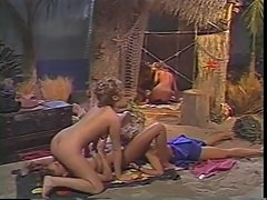 Cheri Taylor & Kelly Royce & Jamie & Deidre & Barbara. Classic lesbian orgy