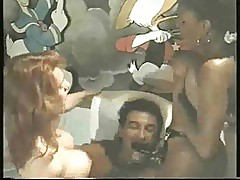 Classic Ebony Ayes & Cicciolina,