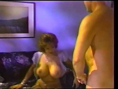 DICK NASTYFUCKS A THICK MILF
