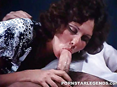 Linda Lovelace deep throating a cock