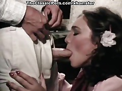 Juliet Anderson, Lisa De Leeuw, Little Oral Annie in classic