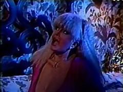Classic XXX - The Bigger The Better 2 (Kay Parker, Bridgette Monet, Lois Ayres, Candy Samples)