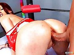 Tiffany Mynx - Lucha libre coochie